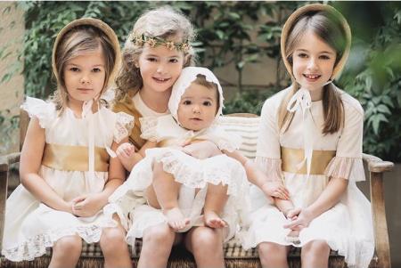 Vaya dilema cómo vestir a los niños en ceremonias y eventos. Sin embargo, con un esquema clásico y un poco de personalidad, van monísimos