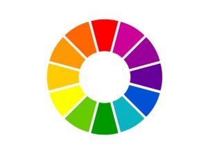 Un corrector de color sirve como corrector de ojeras y para todas las imperfecciones. Maybelline Master Camo. Cómo usar corrector verde.