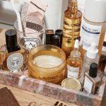 Mis pasos en el cuidado facial de día. Tónico, sérum, crema hidratante, limpiador, productos de belleza, ácido hialurónico, antioxidante
