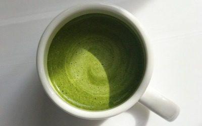 El ritual de beber colágeno hidrolizado para la piel