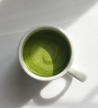 Para que sirve el colágeno hidrolizado, beneficios para la piel. Bebidas y alimentos. Cómo tomar colágeno marino, bovino, en polvo, cremas.